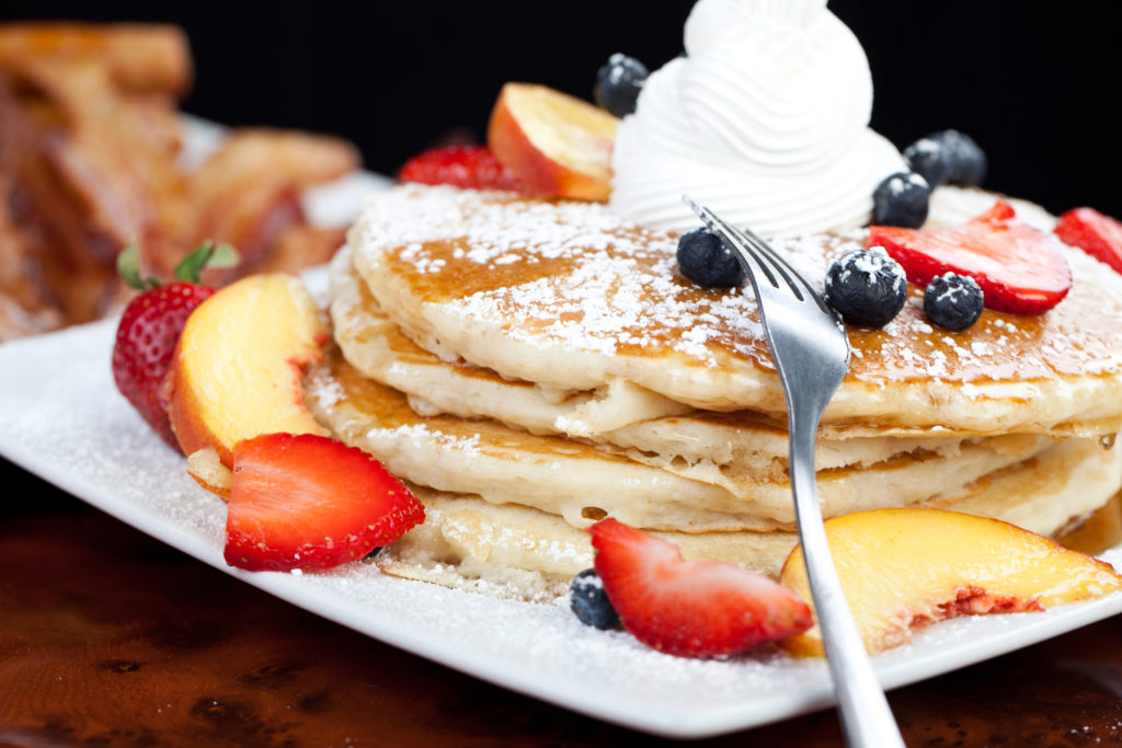 5 Mouthwatering Fruits To Top Your Pancakes With This Summer