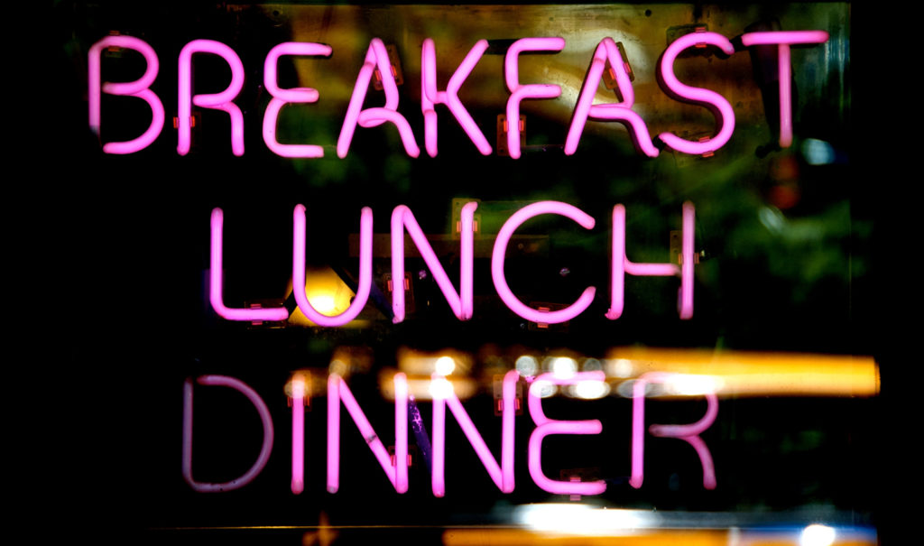 The Best Times of Day to Eat Breakfast, Lunch & Dinner | Chip's Family Restaurant